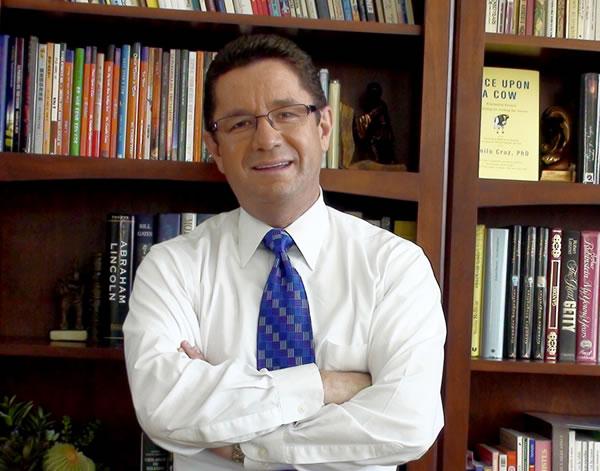 Camilo Cruz biblioteca contacto personal